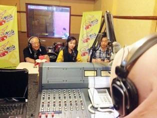 Interview with Sekolah Tiga Bahasa and one representative from China.