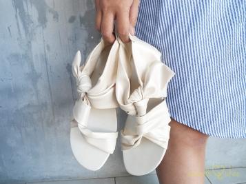 RIBBONEE Sandal IDR 240,000