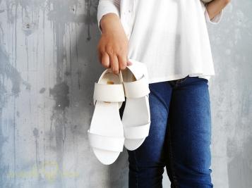 WHITEY Sandal IDR 210,000
